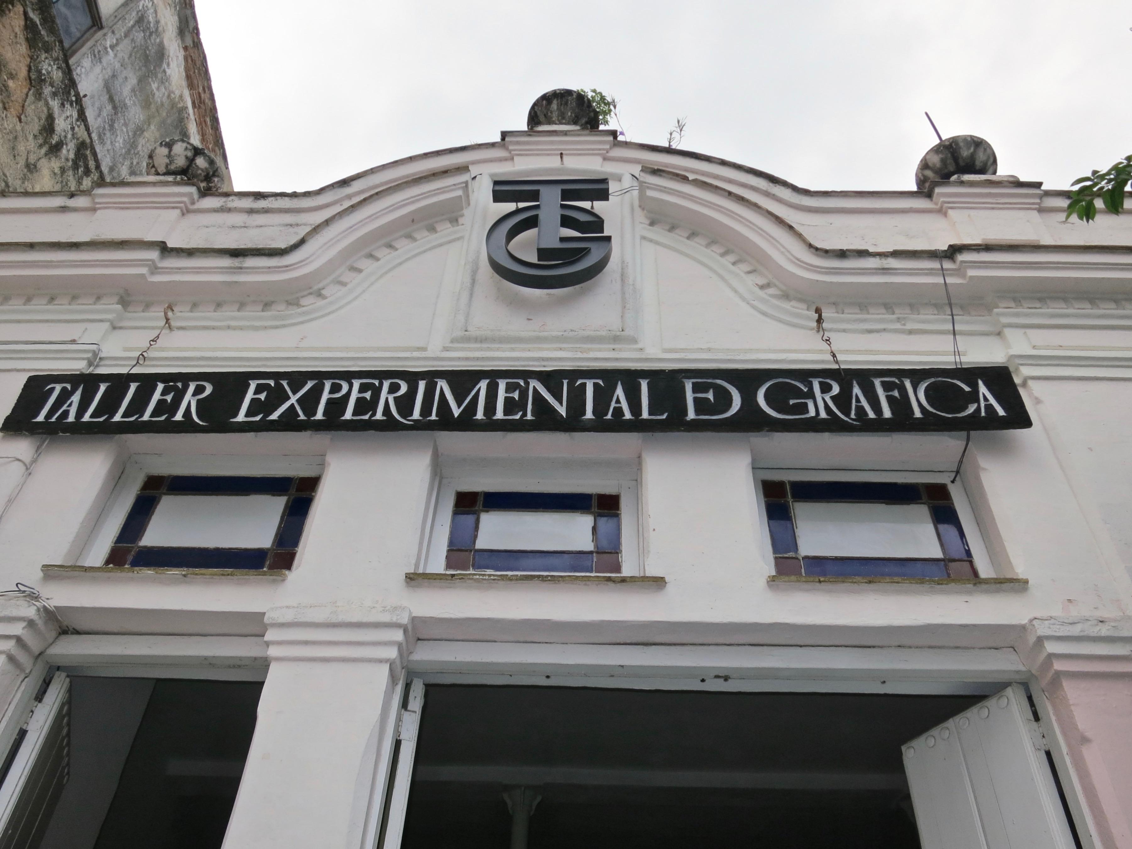 Taller Experimental de Gráficas - Entrance